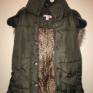 Small Green Cheetah Hooded Vest